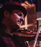 Simon Yapp - violin, vocals