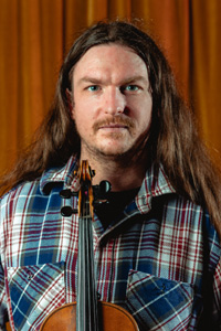 Simon Yapp - vocals, violin