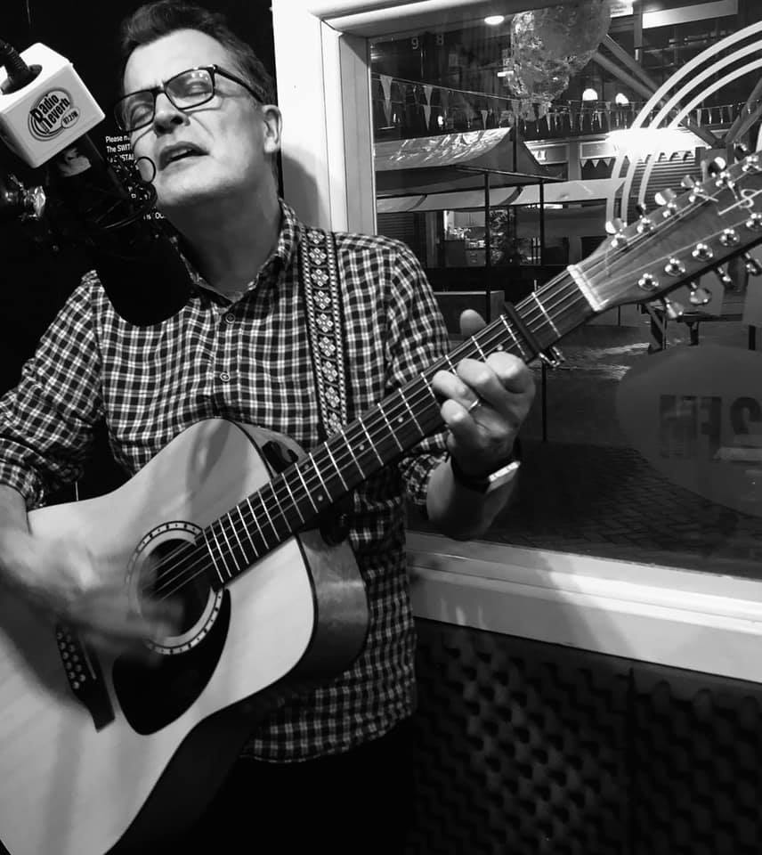 Ian Roland on Pete Jones show for Radio Reverb, Brighton 18th November 2019